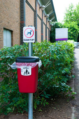 Dog litter bin for use in public areas - Clean it up