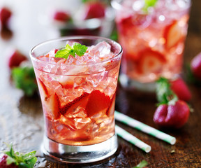 strawberry cocktail with mint