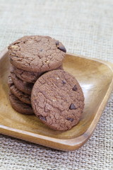 macadamia nut cookies with chocolate