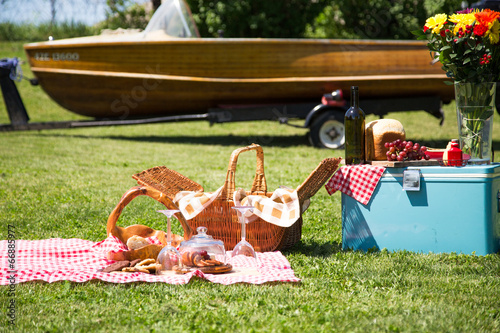 Boat launch day picnic - 66885977
