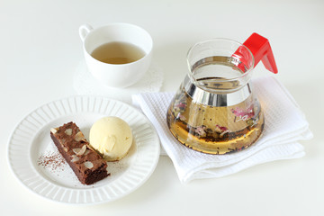 ice cream and brownie with teapot