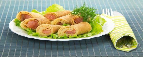 Flapjack with salmon and salad