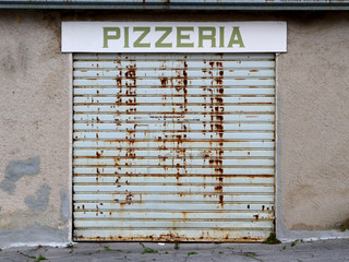 damper PIZZERIA abandoned because of financial crisis