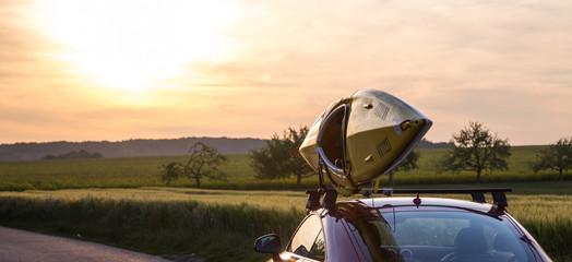 Kajak Transport mit Sportwagen
