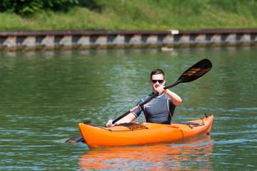 paddeln am kanal