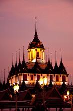 Metal Palace at twilight, Bangkok