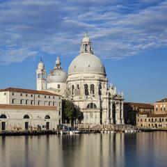 Famous Basilica di Santa Maria della Salute