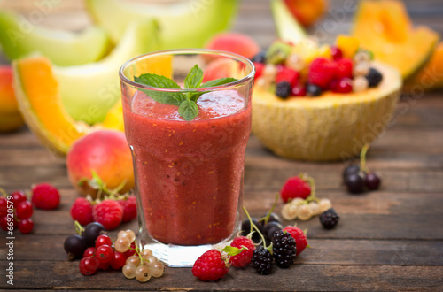 Fresh fruit smoothie in the glass - 66920579