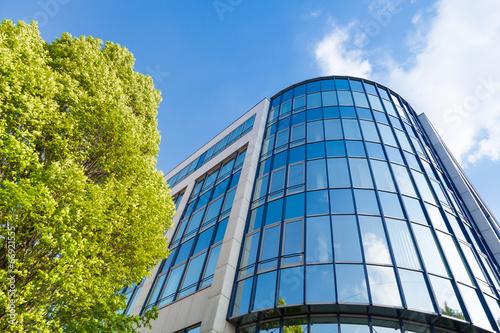 canvas print picture moderne Bürogebäude in Deutschland,  Büros und Bäume