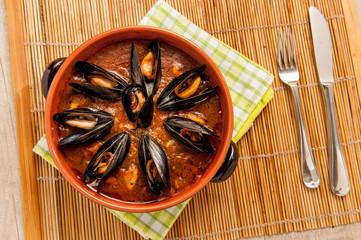 Zuppa di cozze nel coccio