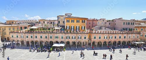 Leinwanddruck Bild Ascoli Piceno - The main square, Piazza del Popolo