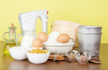 Products and baking dishes of Easter