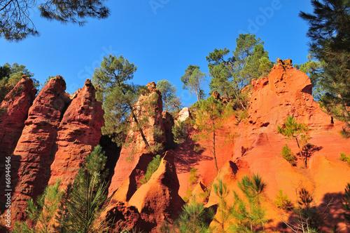 Fotobehang Heuvel Ocres de Roussillon