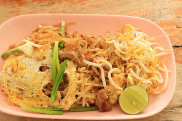 Stir fried rice noodles, Korat style