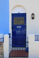 blaue Haustür, UK