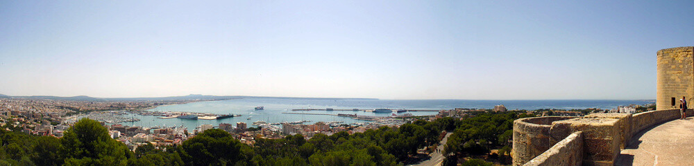 Panorama di palma de Mallorca dal Castello di Bellver