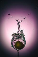 Wasserglas spritzen