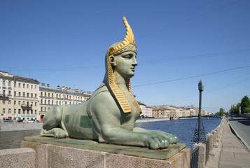 Скульптура сфинкса на  набережной реки Фонтанки