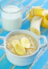 oat flakes with banana