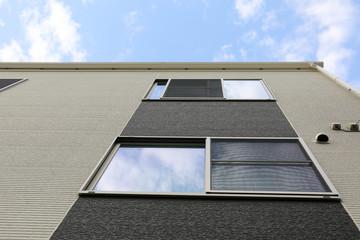 外壁とサッシ