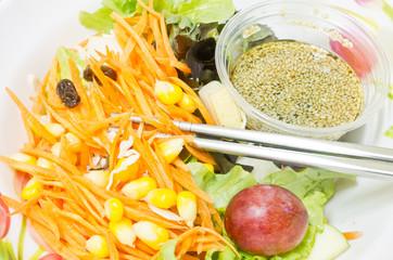vegetables and fruits salad