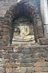 Headless Buddha image