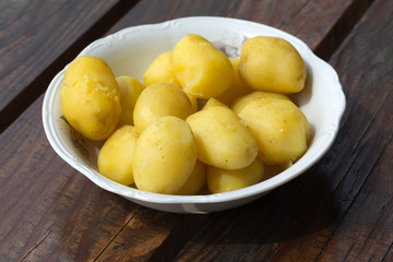 boiled potato in bowl