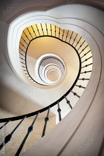 spiral staircase - 67013503