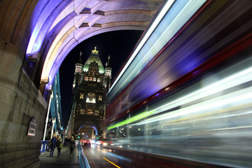 Trajectory of the light at Tower Bridge