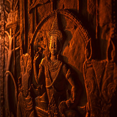Apsara, stone carving on the wall of Angkor Wat temple, Siem Rea
