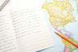 英語教育イメージ―世界地図と英語のノート