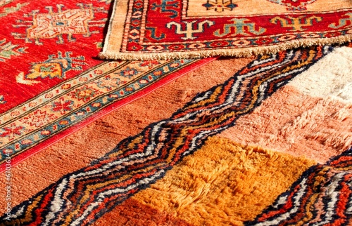 precious Middle Eastern rugs Handmade wool for sale in the antiq - 67036347