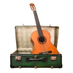 chitarra in valigia