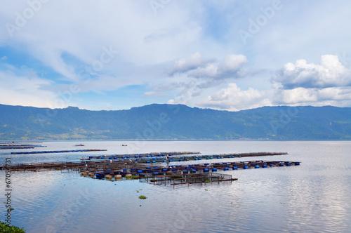 Canvas Indonesië Fish farm on the Lake Maninjau