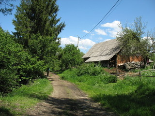 По  дорогам старой деревеньки в Карпатах