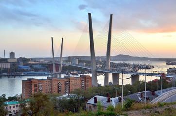Владивосток, мост через бухту Золотой рог
