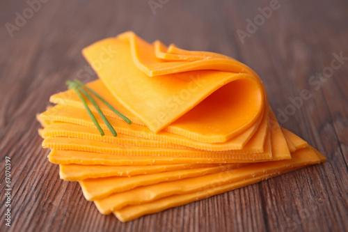 sliced cheese - 67070397