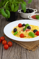 Plate of healthy Italian spaghetti