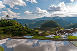 Reisterrassen nahe des Dorfes Poitan