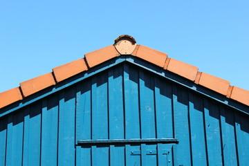 Haus, Giebel, blauer Himmel, Dach
