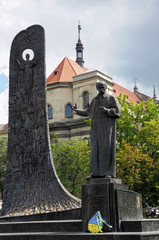 Monument to Shevchenko.