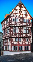 Farbenfrohes  Fachwerkhaus in Aschaffenburg