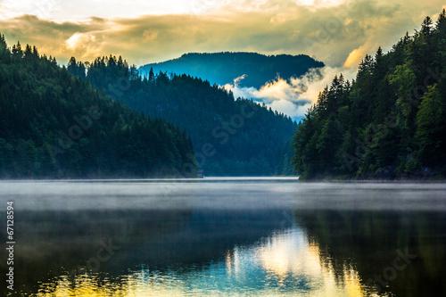 Lake © Stockr