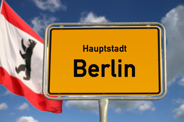 Deutsches Ortsschild Hauptstadt Berlin