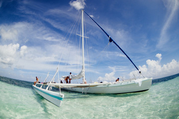barca a vela trimano isola di cayo largo cuba