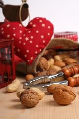 Nüsse und Herz