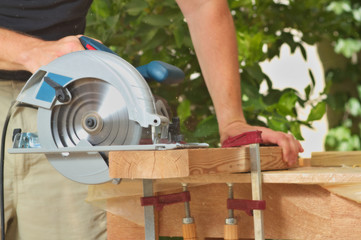 circular power saw