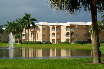 Generic Florida Apartment Complex