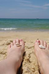 Füße am Strand von Lacanau - Ozean 10