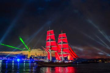 festival Scarlet Sails celebrates its tenth anniversary.
